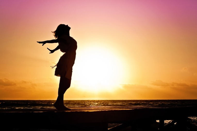 Thrive Image - Woman Sunset